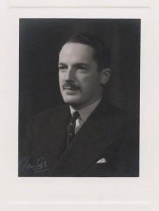 Reginald Dorman-Smith ([National Portrait Gallery](http://www.npg.org.uk/) Bromide print by Vandyk, 1939x22639)