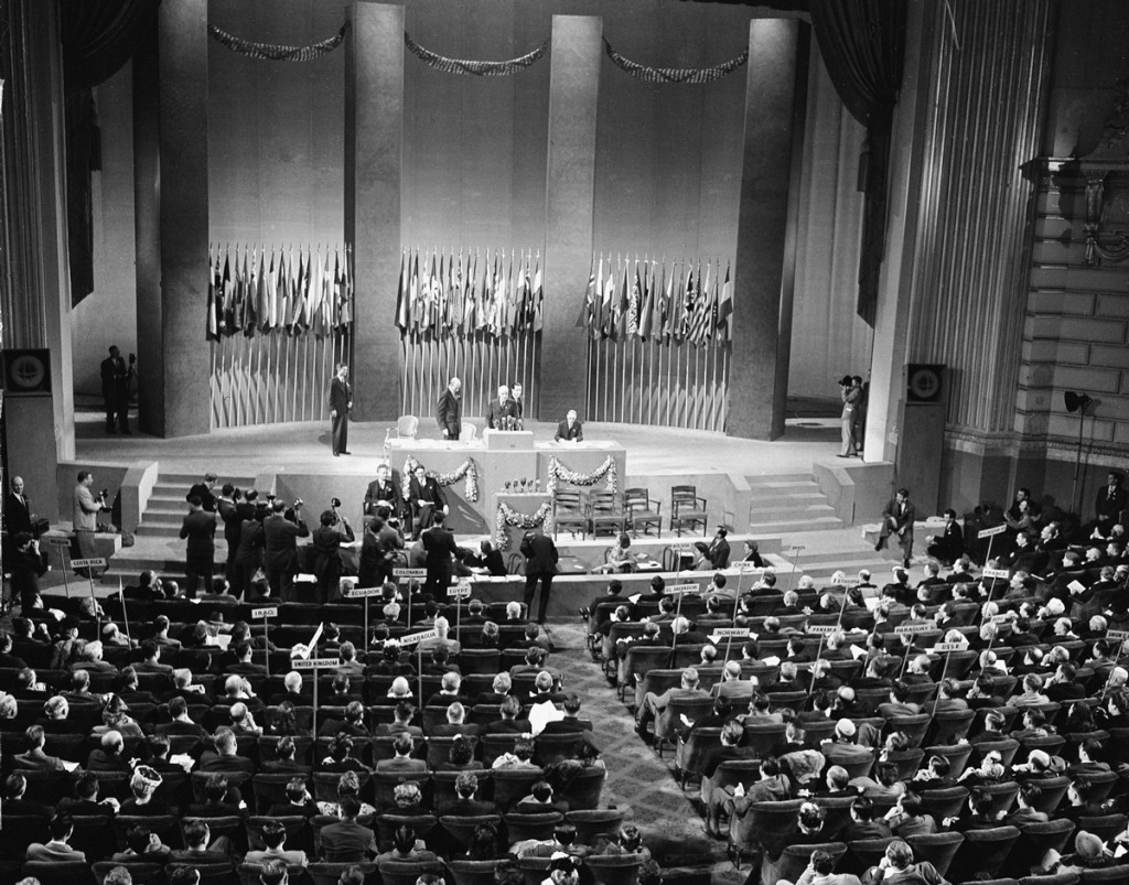 on International Organisations in San Fransisco, April–June 1945, frame the UN Charter